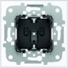 ABB Niessen Механизм розетки с заземлением 16А/230В для плоского монтажа серия SKY - 8188.9